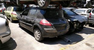 Renault Megane color negro en Autodesguace CAT La Mina