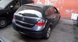 Opel Astra en Autodesguace CAT La Mina.