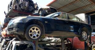 BMW 523 en Autodesguace CAT La Mina.
